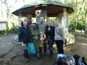 reisegruppe-gorilla-trekking-uganda-ugandaleaks